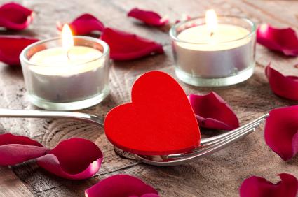 Romance and dating beat hooking up. (blog.studentadvisor.com)