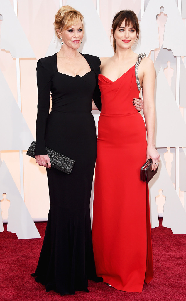 Proud mother Melanie Griffith poses with her daughter, Dakota Johnson (online.com).