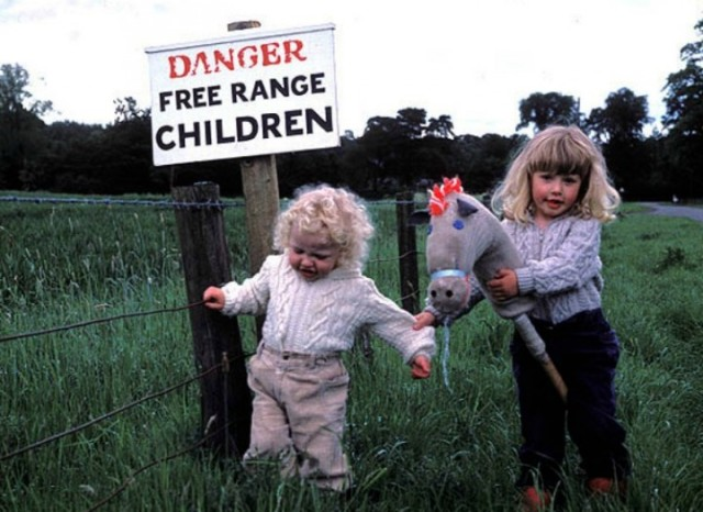 Is childhood more dangerous for Free Range kids? Is that a call the government should be making (wavefm.com.au)?