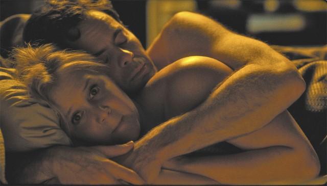 Cuddling is so . . . relationship-like (latimes.com).