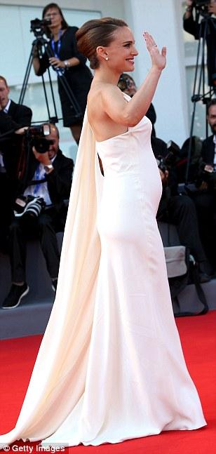 Pregnant-Natalie-Portman