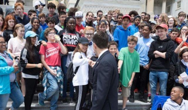 Paul-Ryan-8th-graders